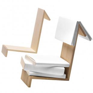 Buchablage und Lesezeichen in einem - aus hochwertigem Eichenholz vom Hersteller side by side.