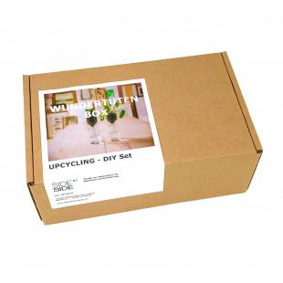 side by side Wundertüten Box UPCYCLING DIY SET. Geschenkbox, produziert in Behindertenwerkstatt - Caritas Wendelstein Werkstätten.